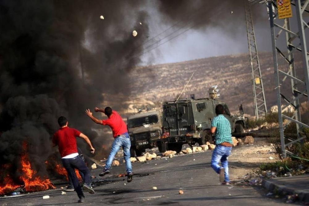 استشهاد فتى متأثراً بجراحه بمواجهات مع الاحتلال بقرية النبي صالح