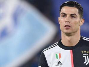 """رونالدو يكشف """"الفروق الكبيرة"""" بين يوفنتوس وريال مدريد"""
