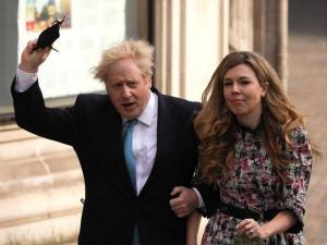 """تقارير.. رئيس الوزراء البريطاني يتزوج في """"حفل سري"""""""