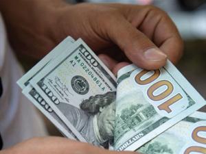 ارتفاع طفيف للدولار أمام الشيكل اليوم