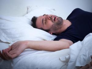 كيف يساهم النوم في بناء المخ والحفاظ عليه؟
