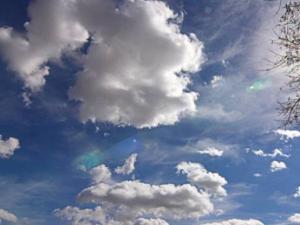 حالة الطقس: أجواء خريفية معتدلة اليوم وحاراة غدا