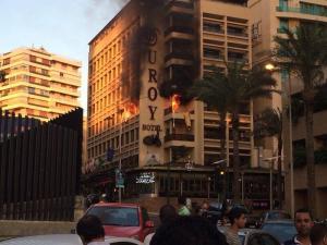 تفجير انتحاري بالروشة بيروت