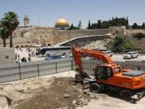 الاحتلال يواصل أعمال حفر بساحة البراق بالأقصى